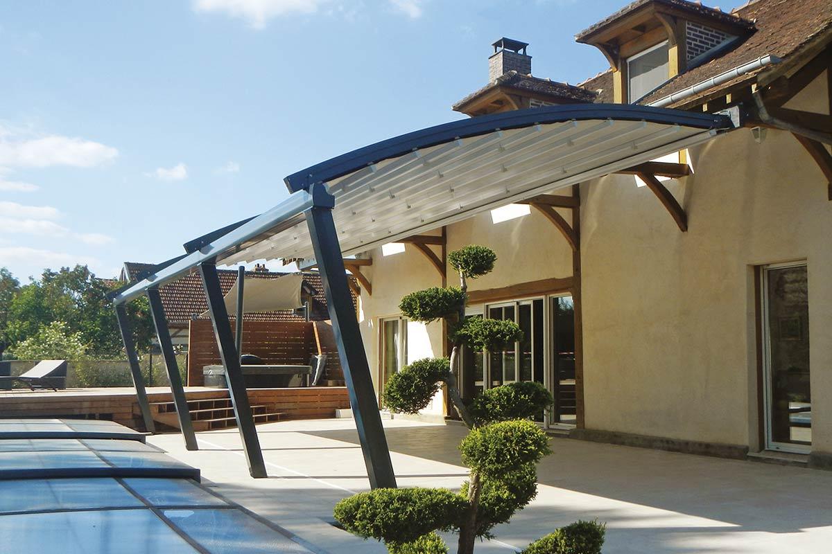 pergola-alaska-tetto-scorrevole-esterno-veranda-giardino-horeca